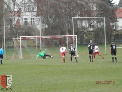 Foto zu Meldung: + + + Fußball Landesliga West 13. Spieltag - Nachholspiel + + +