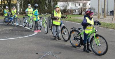 Vorschaubild zur Meldung: Radfahrausbildung Klasse 4