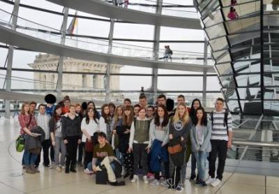 Foto zu Meldung: Ausflug zum Bundestag