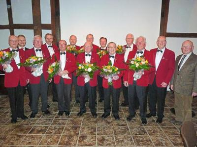 Vorschaubild zur Meldung: MGV ehrt verdiente Mitglieder