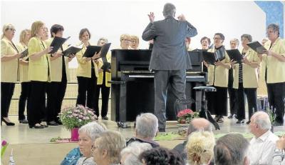 Foto zur Meldung: Frauenchor: Fröhliche Stimmen begrüßen singend die milde Frühlingszeit