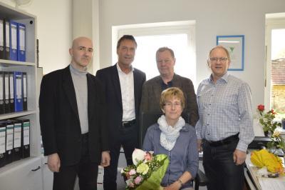 Foto zur Meldung: 25.Jahre Versicherung Ingrid Woznica