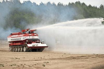 Foto zur Meldung: Simmulierter Feuerlöscheinsatz in zwei Landkreisen