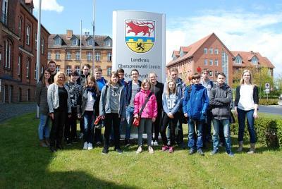 Foto zu Meldung: Ein Schultag der anderen Art: Zukunftstag bei der Kreisverwaltung OSL