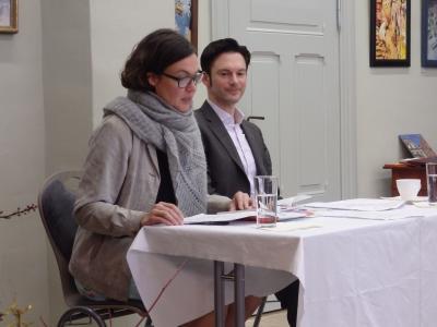 """Foto zu Meldung: Literatur-Café: Astrid Hoffamnn und Oliver Wenzlaff präsentieren eine  literarische Reise """"Von Preußen nach Amerika"""""""