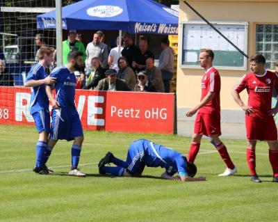 Foto zu Meldung: Landesliga: ASV Vach - FC Vorwärts Röslau 0:0