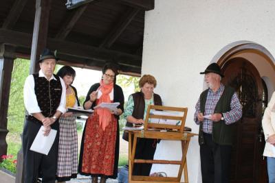 Foto zur Meldung: Stimmungsvolle Maiandacht in Viechtafell