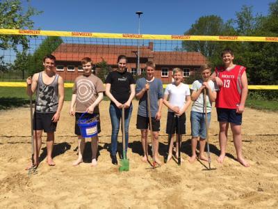 Foto zur Meldung: In Elsdorf ist die Beach-Volleyball-Saison eröffnet!