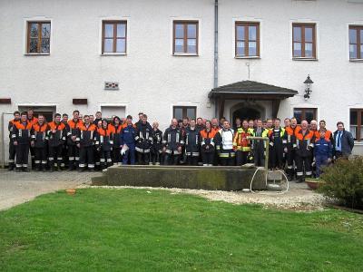 Foto zur Meldung: Traditionelle Gemeinschaftsübung der vier Feuerwehren der Gemeinde am 1. Mai 2016