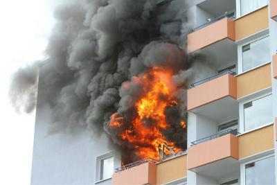 Vorschaubild zur Meldung: Hochhausbrand