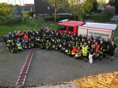 Foto zu Meldung: Große Löschübung mitten in Schafflund