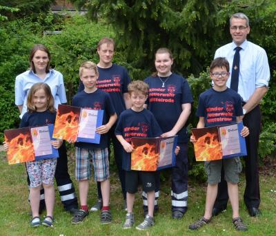 Foto zu Meldung: Abnahme der Kinderflamme