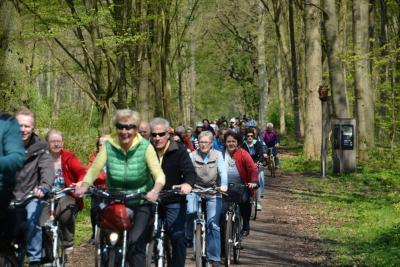 Foto zu Meldung: Achte Radsternfahrt durch die Lewitz