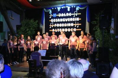 Foto zur Meldung: Unser Jugendchor Cantabile zu Besuch beim Gesangverein Frohsinn in Altenbuch