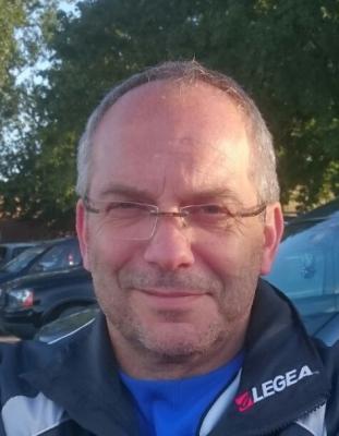Bernd Riesner