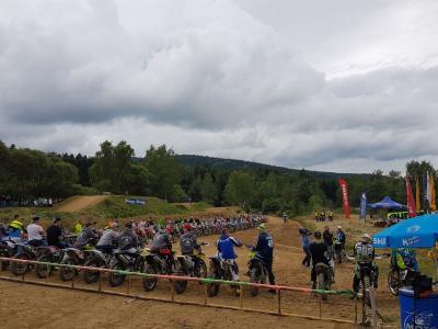Foto zu Meldung: 8. Motocross-Spektakel mit 133 Startern und an die 250 - 300 Zuschauer