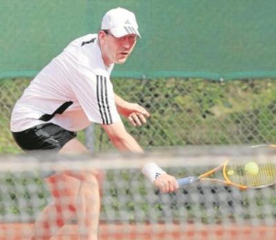 Foto zur Meldung: Tennis (Herren 40) - Unglückliche 3:6 Niederlage beim TC Herrenberg