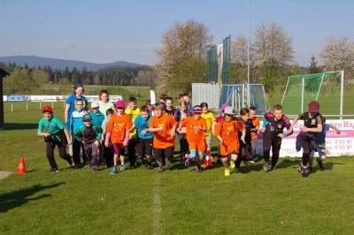Foto zu Meldung: Röslauer Schulkinder erlaufen für einen guten Zweck über 800 €