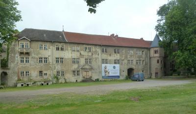 Vorschaubild zur Meldung: Sanierung von Schloss II in Erxleben