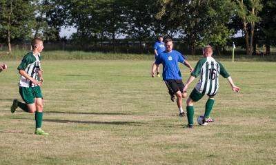 Foto zu Meldung: Gemeinsames Training und Testspiel