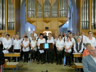 Foto zur Meldung: Frohsinn beim Festgottesdienst der Pfarrei St. Martin Helmstadt
