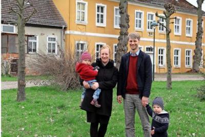 Foto zu Meldung: Barockes Herrenhaus hat neue Besitzer