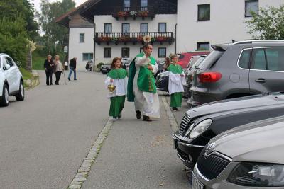 Foto zur Meldung: Fahrzeugsegnung in der Pfarrei St. Johannes