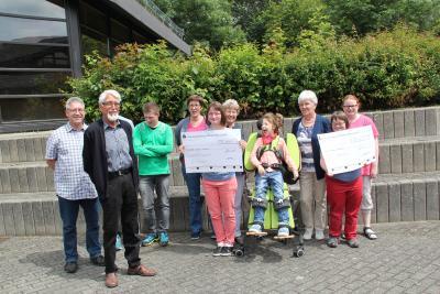 Vorschaubild zur Meldung: Spenden für Theodor-Heuss-Schule Kastellaun