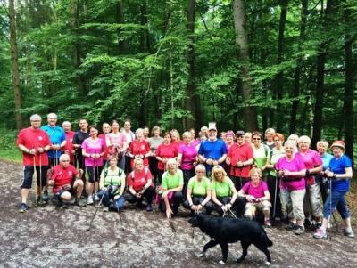 Foto zur Meldung: Nordic Walker bauen gemeinsame Übungsstunden aus