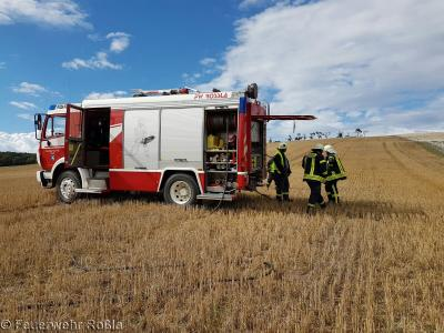 Foto zu Meldung: Brandbekämpfung - Feldbrand