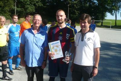 Foto zur Meldung: Torjäger der Männermannschaft ausgezeichnet