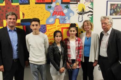 Foto zur Meldung: Bundestagsabgeordnete im Gespräch mit unserer Schülervertretung