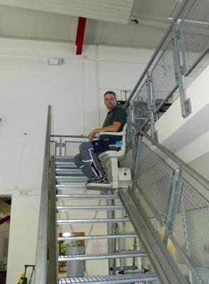 Foto zur Meldung: Aktion Mensch fördert Treppenlift