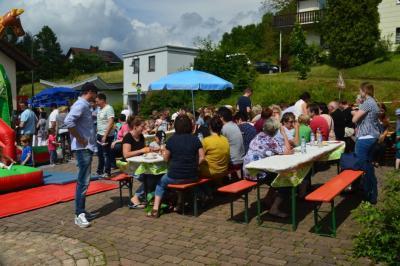Foto zu Meldung: Sommerfest