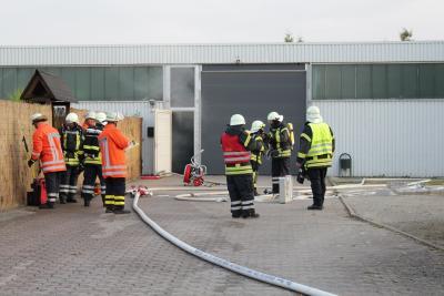 Foto zur Meldung: Maschinenbrand in Eldagsen