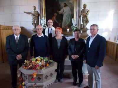 Foto zur Meldung: Erntedank und Jubelkonfirmation 2016