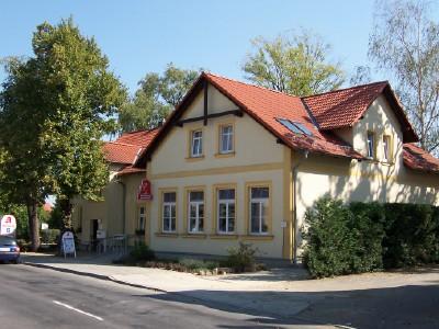 Foto zur Meldung: 20 Jahre Schraden-Apotheke Hirschfeld