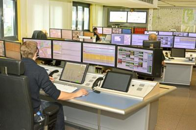 Foto zur Meldung: Besuch der Feuerwehrjugendgruppe Vierkirchen in der Integrierten Leitstelle Fürstenfeldbruck