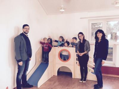 Vorschaubild zur Meldung: Besuch von Frau MdB Ronja Schmitt im Kindergarten Westerstetten