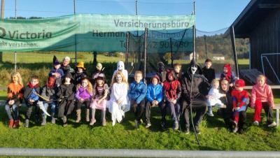 Foto zur Meldung: Die SV-Jugend feierte eine kleine Halloween-Party