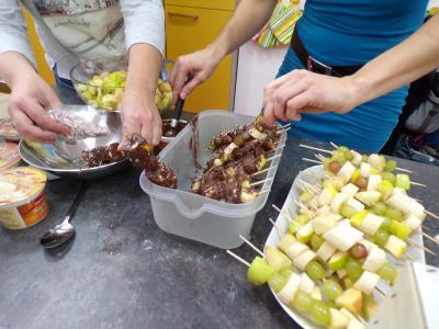 Foto zur Meldung: Früchtebasar Klasse 2a