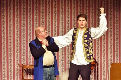 Vorschaubild zur Meldung: Pension Schöller oder Was macht die Fniege im Hans – Spritzige Komödie aus dem Berlin der 50-er Jahre im neuen Theater Zielitz