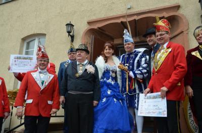 Foto zu Meldung: Bürgermeister übergibt Amtsgewalt