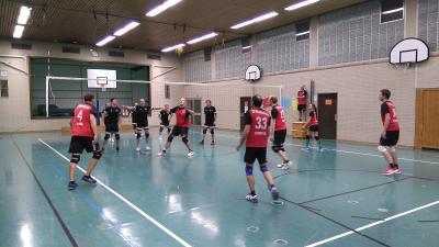 Foto zur Meldung: Die Volleyballer des TV Kirchenlamitz starten mit einem Sieg in die Saison