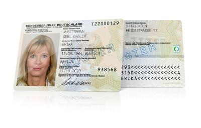 Foto zu Meldung: Kopien von Ausweispapieren nicht vergessen! Der Urlaub steht an? Doppelt hält besser!