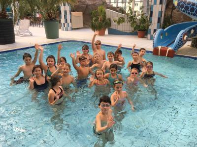 Foto zur Meldung: Grüße aus dem Schwimmlager Klasse 3