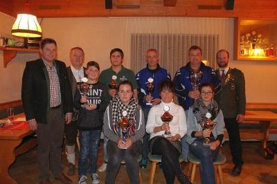 Foto zu Meldung: Der Gemeindepokal geht heuer erneut an die Bergschützen Schwaben