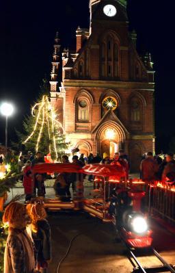 Foto zu Meldung: 19. Annahütter Weihnachtstreiben