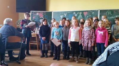 Foto zu Meldung: Seniorenweihnachtsfeier in der Grundschule