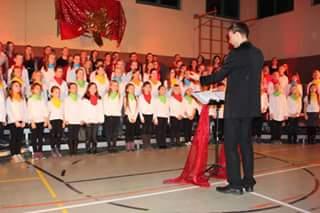 Foto zur Meldung: Weihnachtszauber in der Geschwister-Scholl-Grundschule